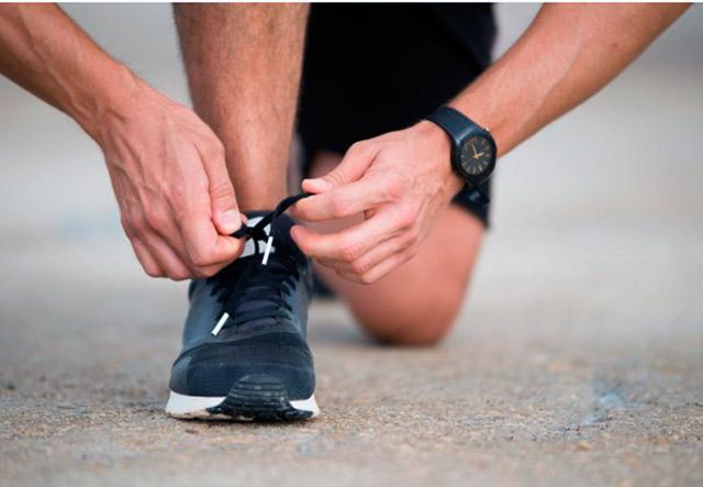 Обзор бюджетных кроссовок для бега: 15 моделей ценой до 6000 рублей