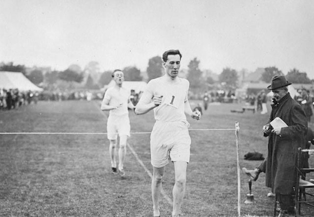 Спортивная ходьба: виды, техника, дистанции